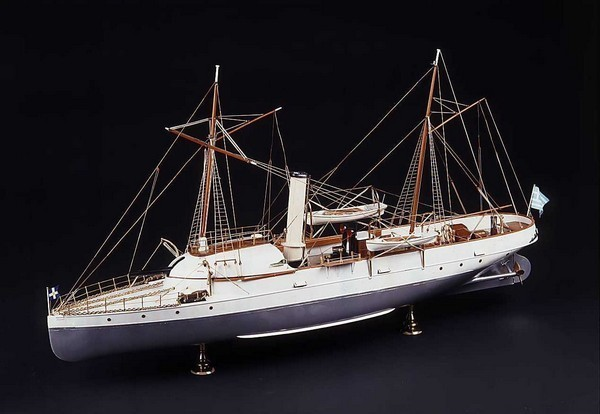 a model of a ship in Hellenic Maritime Museum